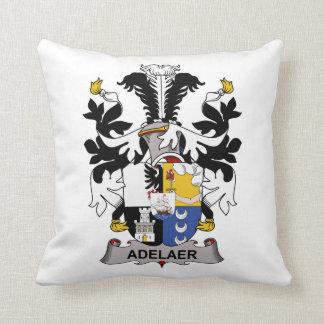 Escudo de la familia de Adelaer Almohada