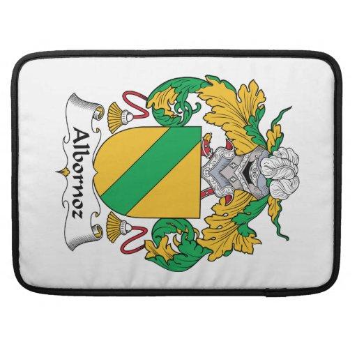 Escudo de la familia de Albornoz Fundas Para Macbook Pro