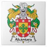 Escudo de la familia de Alcantara Tejas Ceramicas
