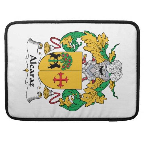 Escudo de la familia de Alcaraz Funda Para Macbook Pro