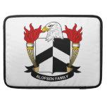 Escudo de la familia de Alofsen Fundas Macbook Pro