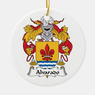 Escudo de la familia de Alvarado Adorno De Reyes