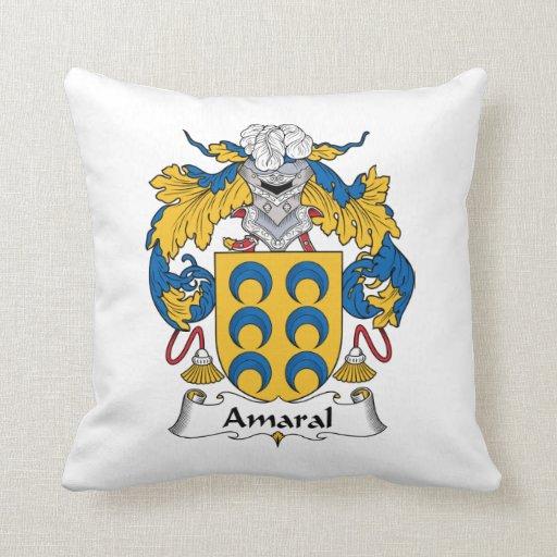Escudo de la familia de Amaral Almohada