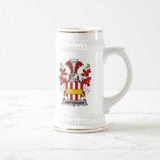 Escudo de la familia de Ampringen Jarra De Cerveza