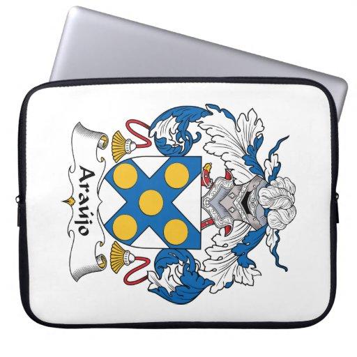 Escudo de la familia de Araujo Fundas Portátiles