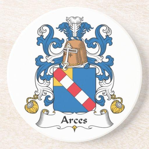 Escudo de la familia de Arces Posavaso Para Bebida