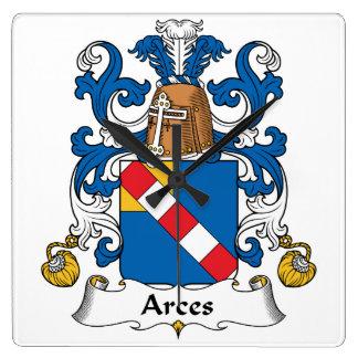 Escudo de la familia de Arces Reloj Cuadrado