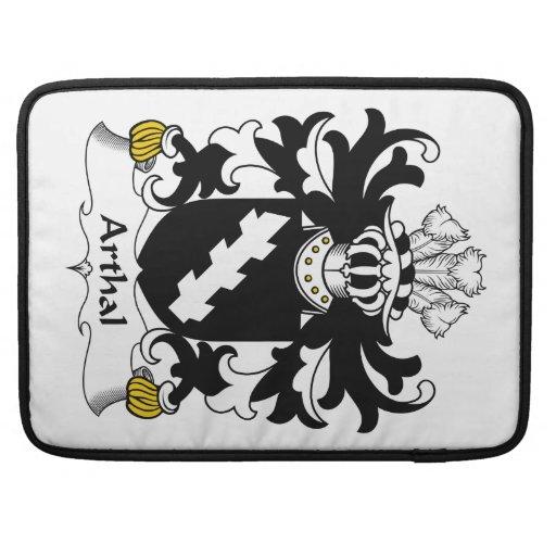 Escudo de la familia de Arthal Fundas Para Macbook Pro