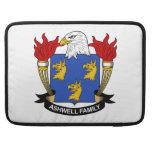 Escudo de la familia de Ashwell Funda Macbook Pro