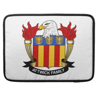 Escudo de la familia de Attwick Funda Para Macbook Pro