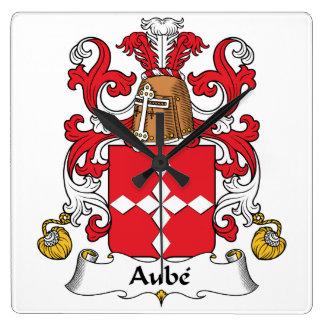 Escudo de la familia de Aube Reloj Cuadrado