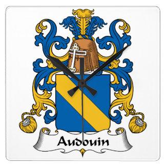 Escudo de la familia de Audouin Relojes De Pared