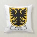 Escudo de la familia de Avalon Cojines
