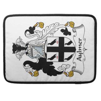 Escudo de la familia de Aylmer Fundas Macbook Pro