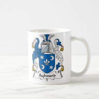 Escudo de la familia de Aylward Taza Básica Blanca