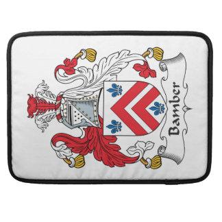 Escudo de la familia de Bamber Fundas Para Macbooks