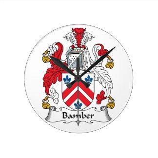 Escudo de la familia de Bamber Relojes De Pared