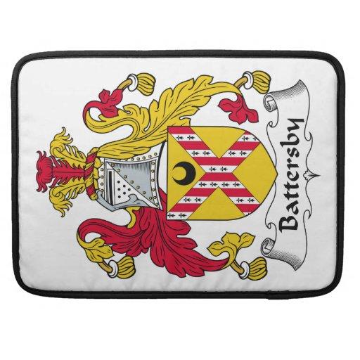 Escudo de la familia de Battersby Funda Para Macbooks
