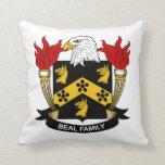 Escudo de la familia de Beal Almohadas