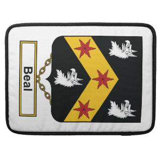 Escudo de la familia de Beal Fundas Macbook Pro