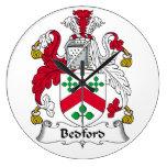 Escudo de la familia de Bedford Reloj De Pared
