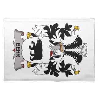 Escudo de la familia de Behr Mantel