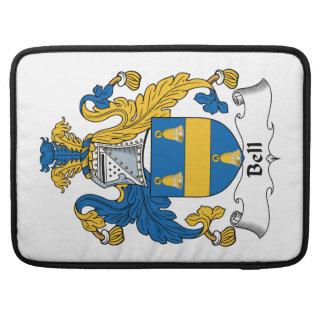 Escudo de la familia de Bell Funda Para Macbooks