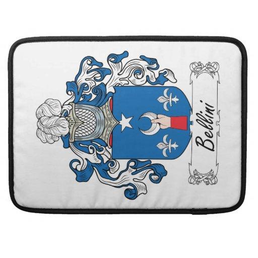 Escudo de la familia de Bellini Fundas Para Macbook Pro