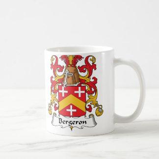 Escudo de la familia de Bergeron Taza Básica Blanca
