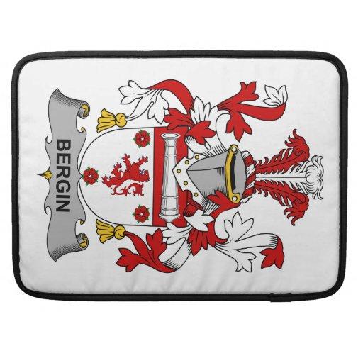 Escudo de la familia de Bergin Funda Macbook Pro