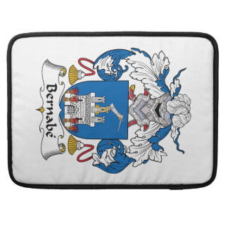 Escudo de la familia de Bernabe Fundas Para Macbooks