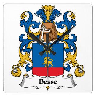Escudo de la familia de Besse Reloj Cuadrado