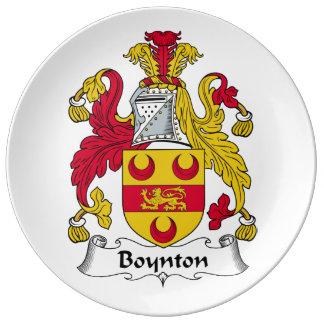 Escudo de la familia de Boynton Platos De Cerámica