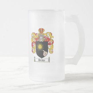 ESCUDO DE LA FAMILIA DE BRADY - ESCUDO DE ARMAS DE JARRA DE CERVEZA ESMERILADA