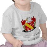 Escudo de la familia de Braser Camiseta