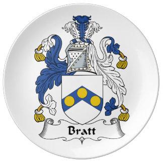 Escudo de la familia de Bratt Platos De Cerámica