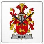 Escudo de la familia de Brien Reloj De Pared