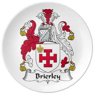 Escudo de la familia de Brierley Plato De Cerámica