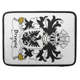 Escudo de la familia de Bruyne Fundas Para Macbook Pro