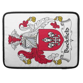 Escudo de la familia de Buckfield Funda Para Macbooks