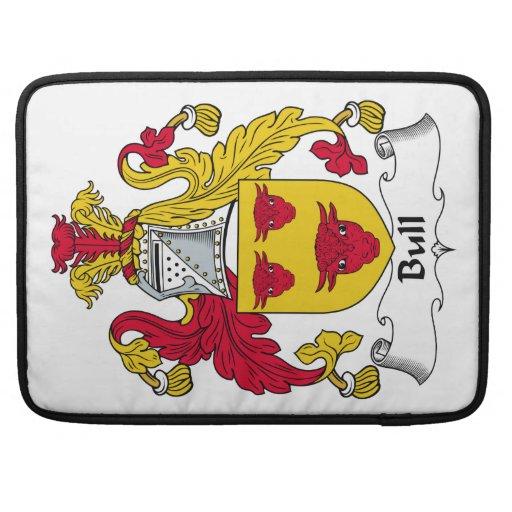 Escudo de la familia de Bull Funda Macbook Pro