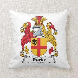 Escudo de la familia de Burke Cojín Decorativo