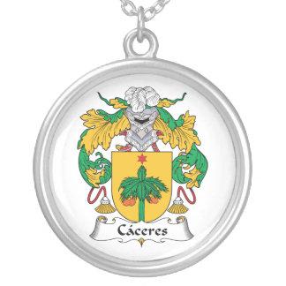 Escudo de la familia de Caceres Collar Plateado