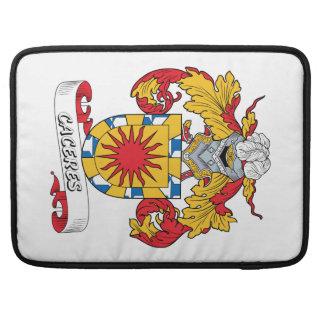 Escudo de la familia de Caceres Funda Para Macbooks