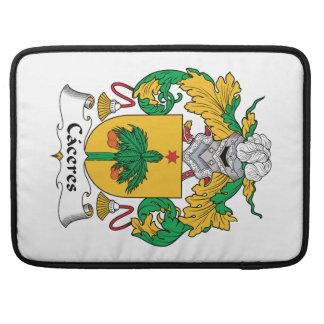 Escudo de la familia de Caceres Funda Para Macbook Pro