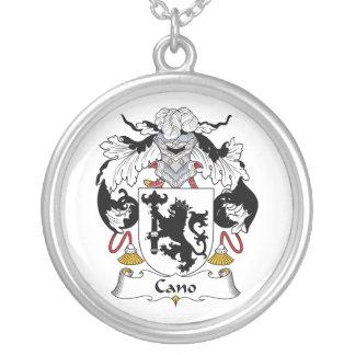 Escudo de la familia de Cano Grímpola
