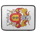 Escudo de la familia de Cardenas Fundas Para Macbook Pro
