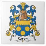 Escudo de la familia de Caron Teja Cerámica