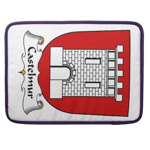 Escudo de la familia de Castelmur Fundas Para Macbook Pro