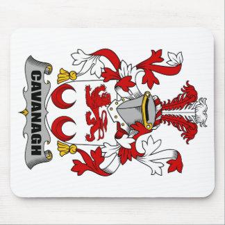 Escudo de la familia de Cavanagh Alfombrillas De Ratones